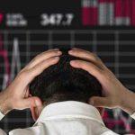 Стоит ли вкладывать деньги в биткоины?